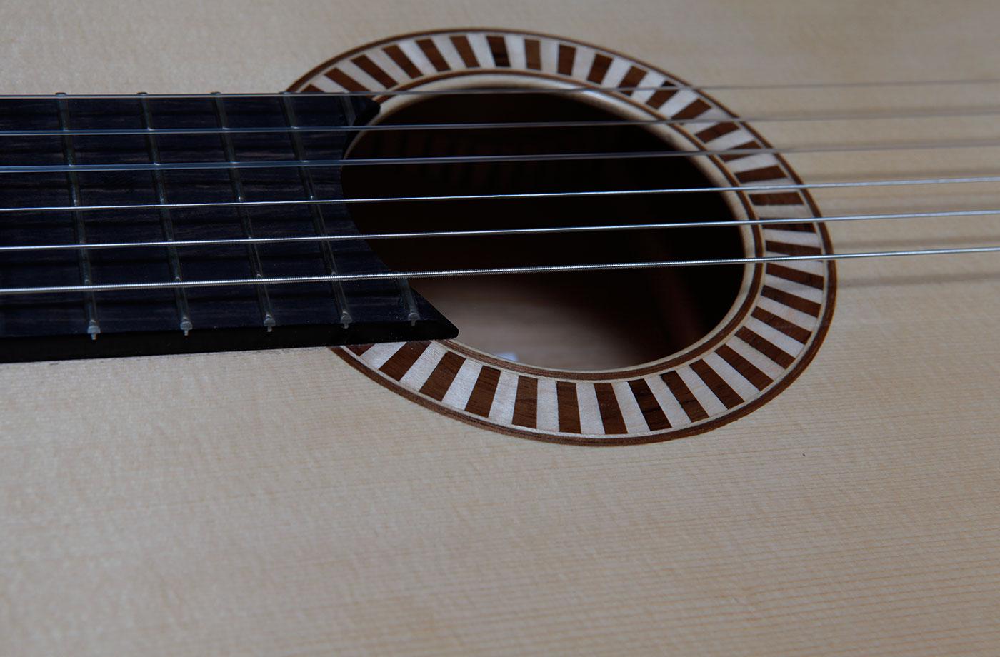 classic_detail_danou_guitars