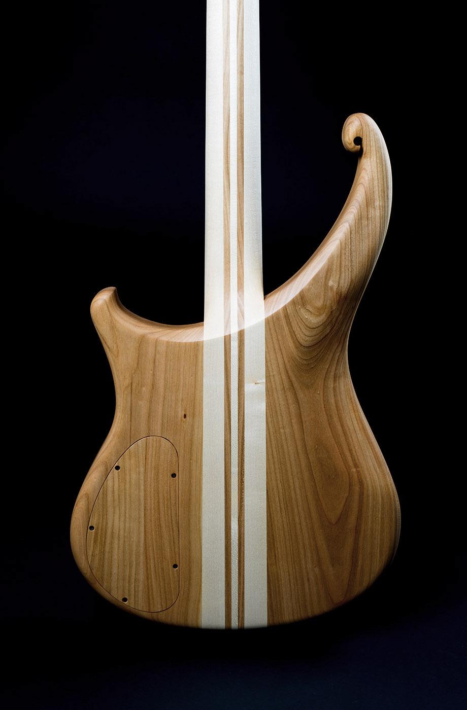 tierra_d1_danou_guitars
